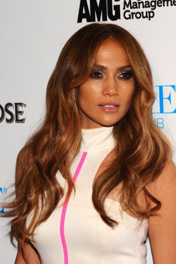 Celebrity beauty inspiration: Curly hair | MAURIZIO. | Pinterest