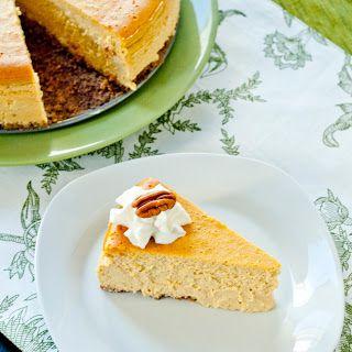 pumpkin bourbon cheesecake + pecan crust   ༺ cheesecakes & mini ...