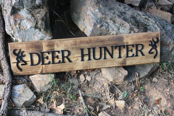 Rustic Deer Hunting Sign