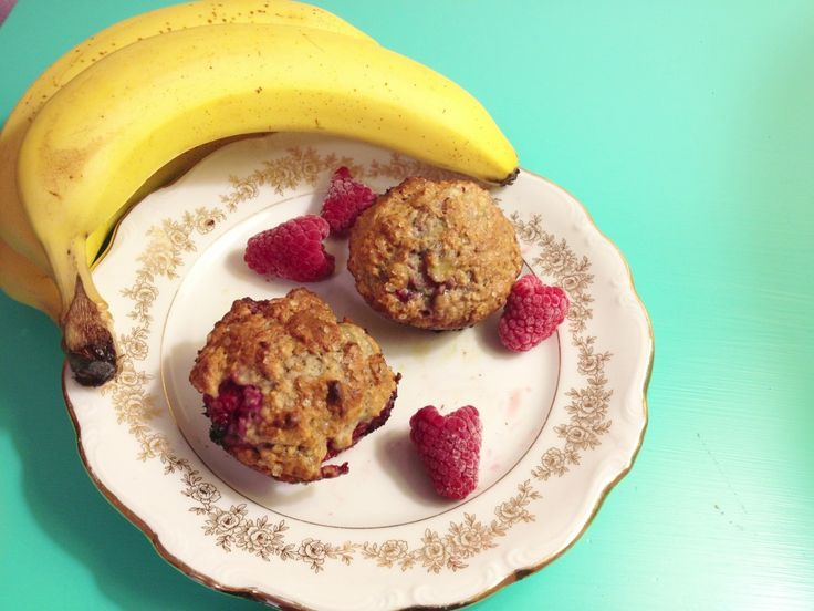 Raspberry Banana Yogurt Oatmeal Muffins | Recipes | Pinterest