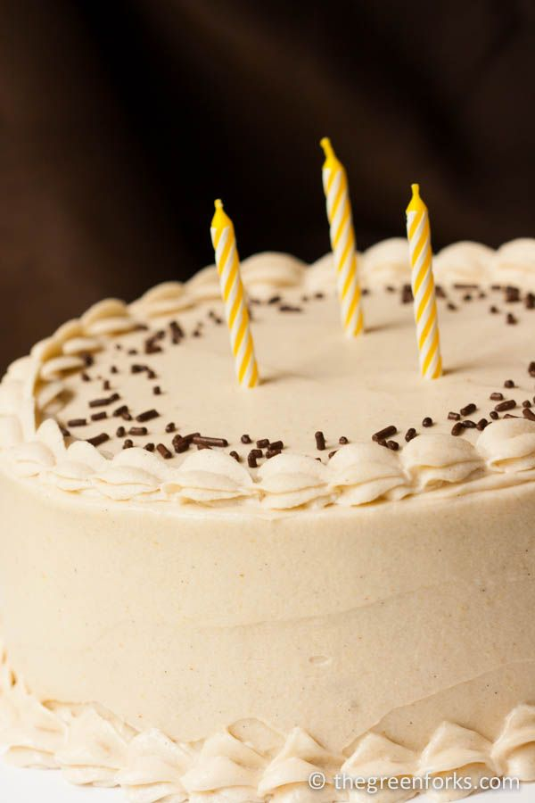 Vegan Birthday Cake Images : Vegan Vanilla Birthday Cake Recipe