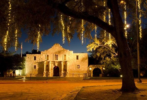 Alamo at christmas texas daytrips and adventure ideas pinterest