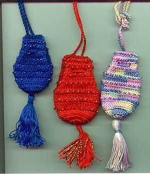 Beaded Bags Patterns Free : Crochet amulet bags Crochet Pinterest