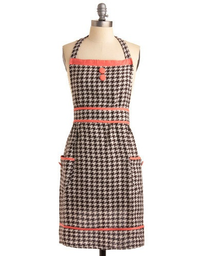 To the Houndstooth Apron