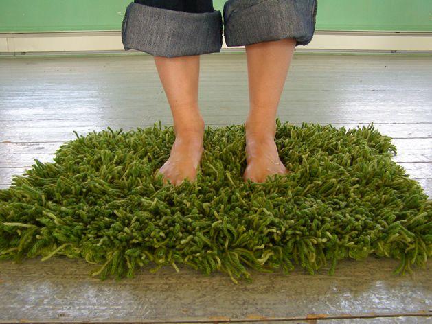 knit or crochet grass rug