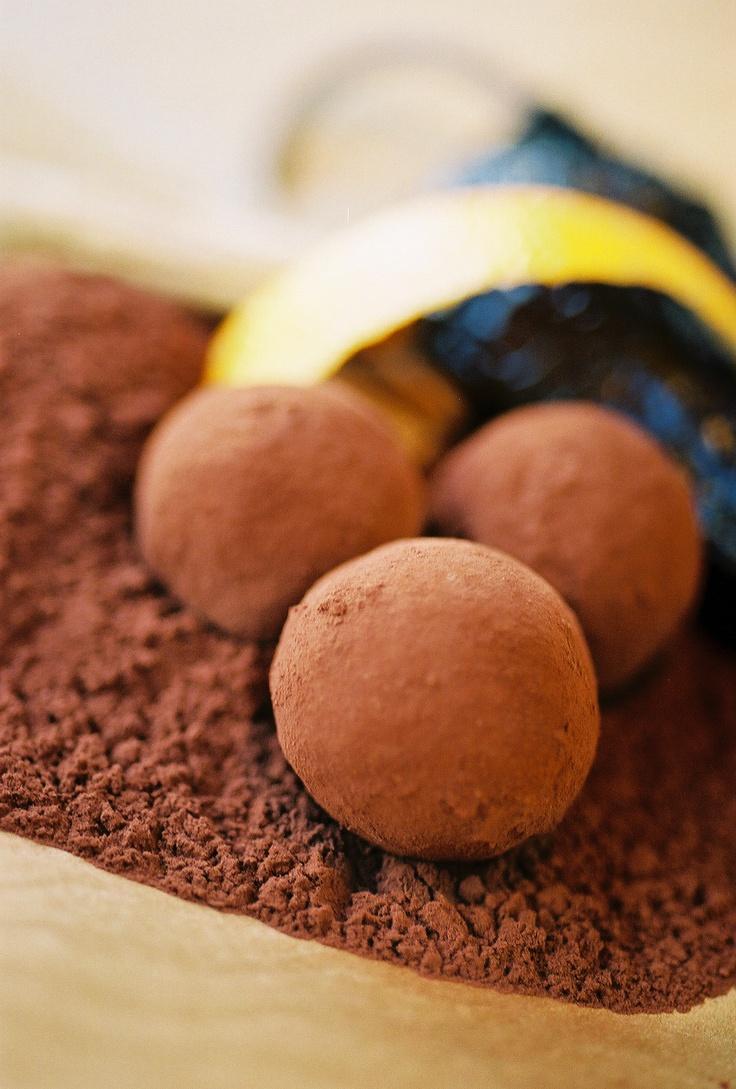 Maya- Dark Chocolate Ganache with Ancho Chili, Cinnamon, and Orange.
