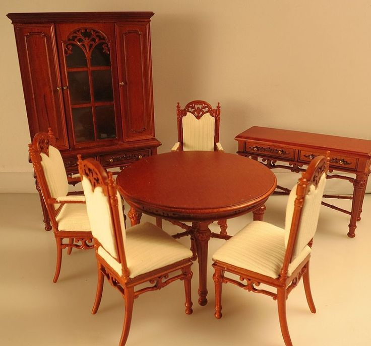 HD wallpapers dining table of 4