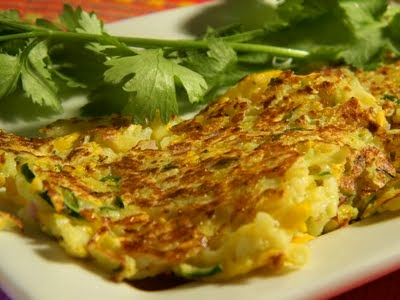 Yellow squash cakes--perfect to use up all my squash bounty in my ...