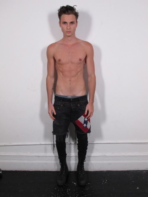 Meggings if i could slip into meggings without it being considered