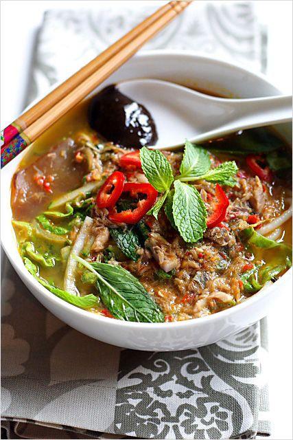 Penang Assam Laksa Recipe (Nyonya Hot and Sour Noodles in Fish Soup)