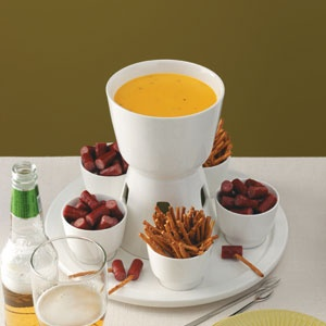Beer & Cheddar Fondue Recipe - I'll be bringing to Robyn and Mark's