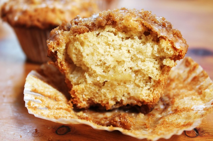 Cinnamon crumble apple muffin | mmmdesserts | Pinterest