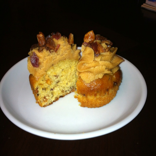 Bourbon Bacon Peanut Butter Cupcake with Peanut Butter Cream Cheese ...