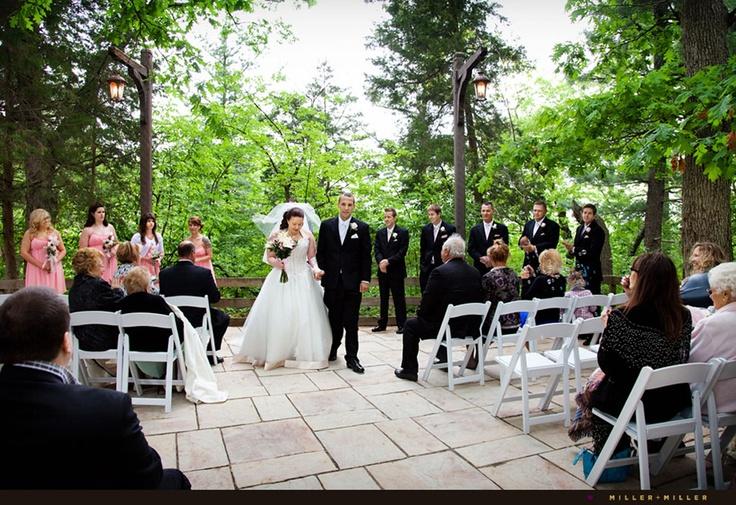 Starved Rock Lodge Courtyard Wedding Wedding Pinterest