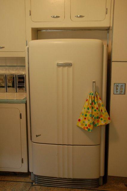 Refrigerated Vintage Style Refrigerator