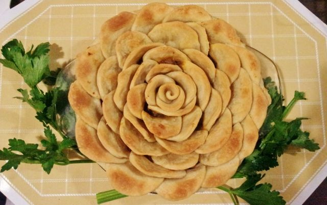 Chunky Beef And Mushroom Pies | Food - Glorious Food | Pinterest