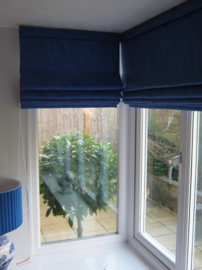 Roman blinds bay window home style pinterest for Roman shades for bay windows