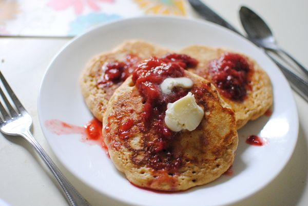 Whole Wheat Pancakes with Strawberry Sauce | Baking Whole Grains