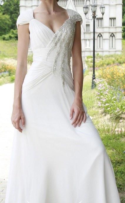 Très belle robe de mariée neuve  Robes de mariée et articles de ...