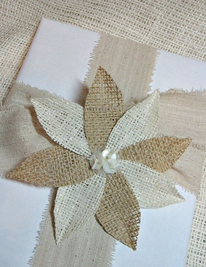 Burlap crafts burlap poinsettia arts n crafts pinterest for Crafts made with burlap