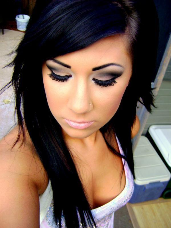 lady handbags eye makeup  HairNailsMakeup