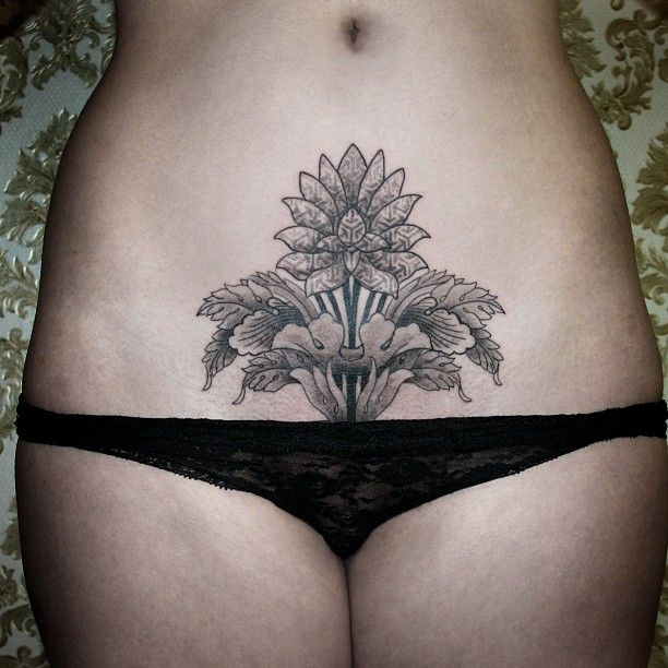 Stomach Tattoos For Black Women