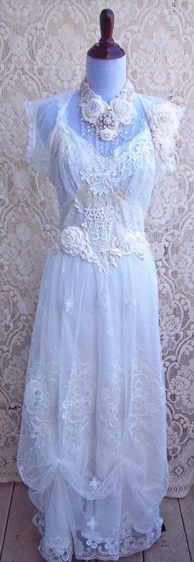 Vintage italian lace wedding dresses for French vintage wedding dresses