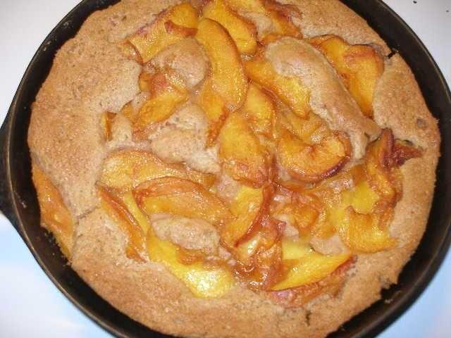 Easy peach cobbler | Dessert! | Pinterest