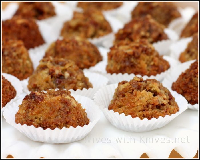Pecan Pie Muffin Bites | Wives with Knives