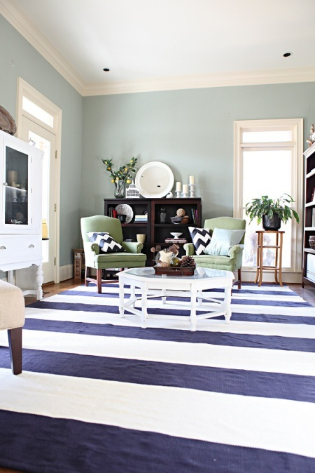 Navy striped rug and green accents