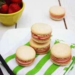 Hey I can dream!) Vanilla Bean Macarons with Strawberry Filling
