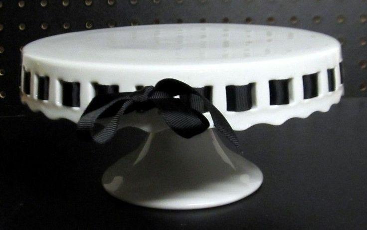 White Pedestal Cake Plate With Black Grosgrain Ribbon & Cake Plate With Ribbon - Castrophotos