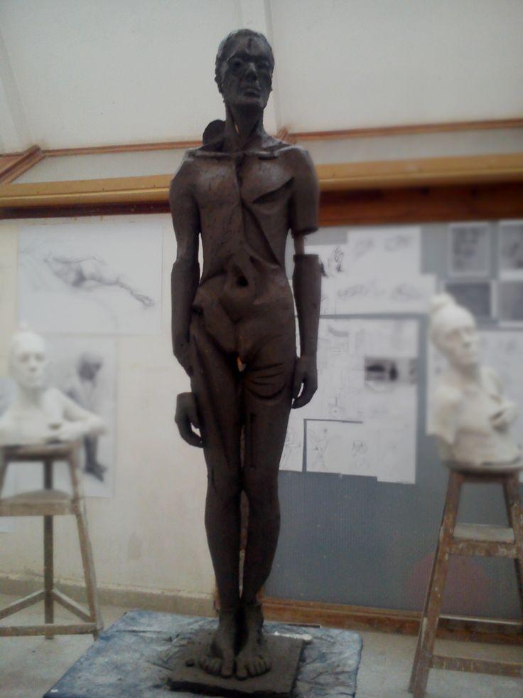 Iwona Składowska, Zła rzeźba- wys ok 2m, glina.