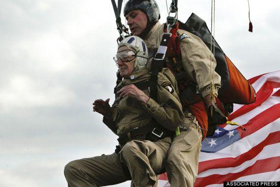 d day parachute jump 2014