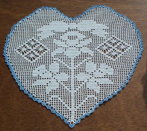 Jonquil Heart Filet Hand Crochet Doily - **NEW**