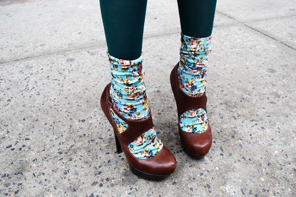 We love this heels+socks look!!