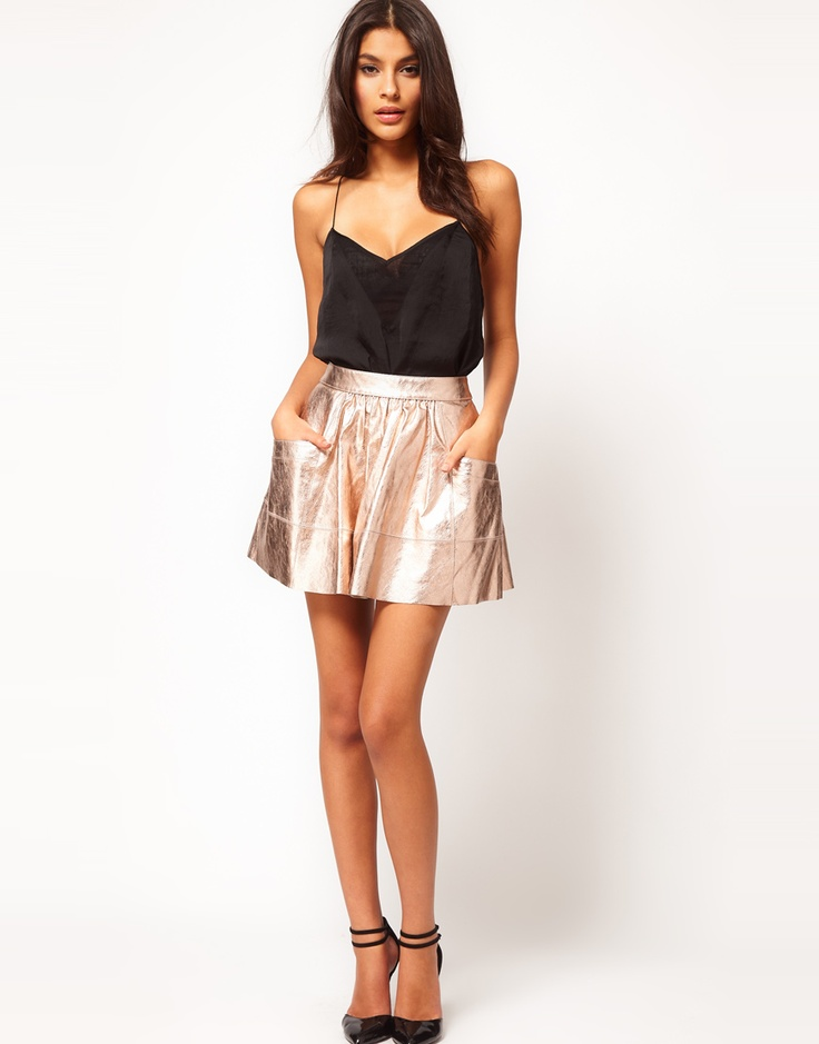 Metallic leather skirt. Cute! Two fall trends in one!