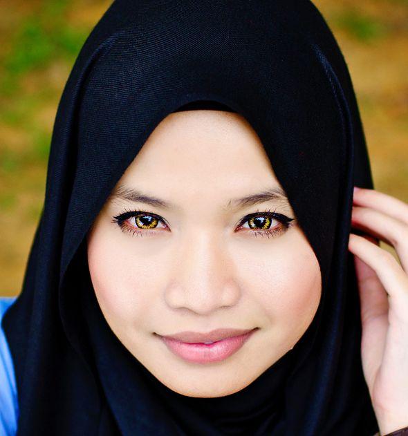 23 Stunning Hijab Portraits nkjkl
