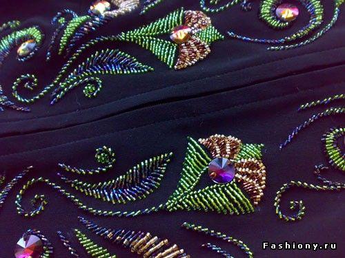 Расшивка бисером на одежде