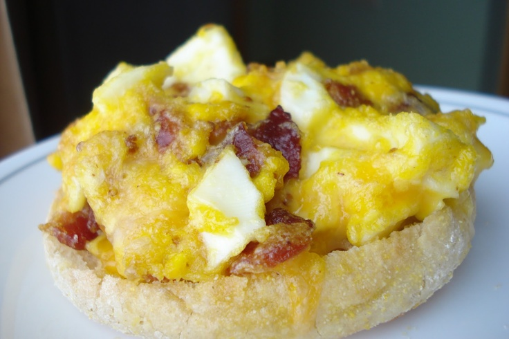 cheesy bacon and eggs muffins | Eggs | Pinterest