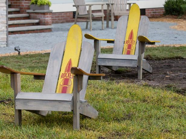 How to Build Adirondack Chairs With Skis >> http://www.diynetwork.com/blog-cabin/how-to-build-upcycled-adirondack-chairs/pictures/index.html?soc=pinterestbc14