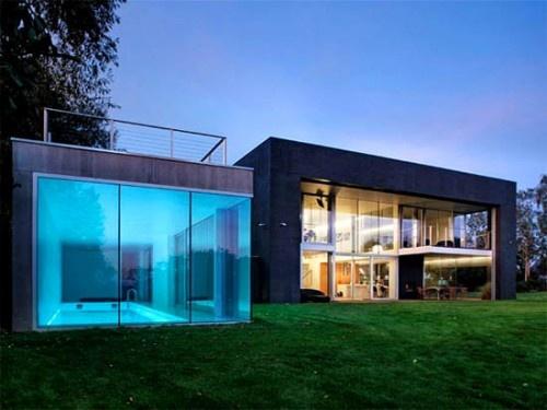 Bunker Shaped Modern House in Warsaw Poland 06