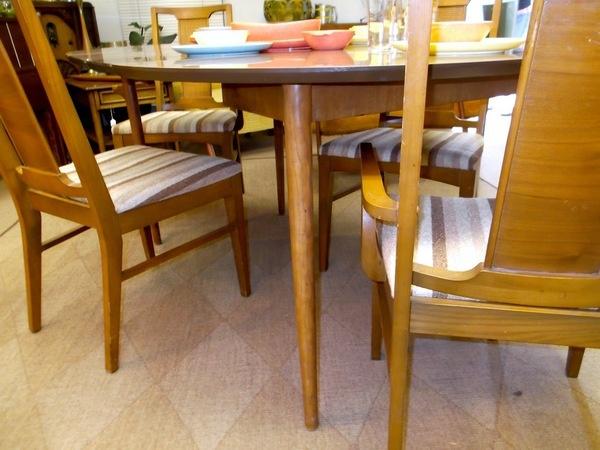 Dining table craigslist denver dining table for Table 6 in denver