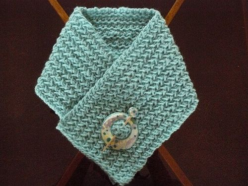 Free Knitted Neck Warmer Patterns : neck warmer , free pattern KNIT Scarves and CowLS Pinterest