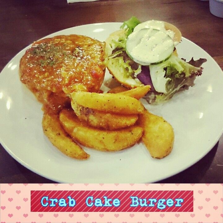 Crab cake burger | Food Glorious Food | Pinterest