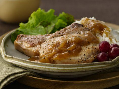 Smothered Pork Chops - Dinner ready in 30 minutes! Pork and Progresso ...