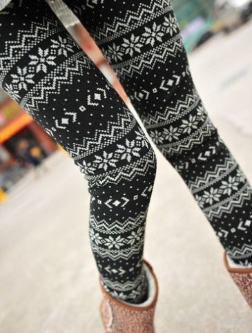Love these... they are so fun.. WOMEN SNOW SNOWFLAKE ANKLE LENGTH FOOTLESS LEGGINGS $7.84 SHIPPED FREE