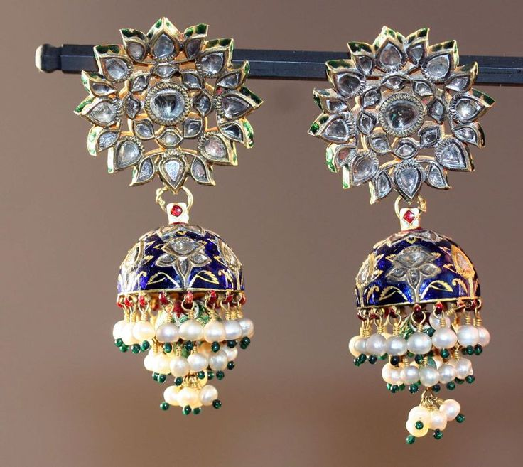 India | Earrings (Karanphul Jhumka).  Gold, diamonds, and pearls inset in the kundan technique, with polychrome enamel (minakari) | ca. 18th/19th century, Rajasthan.