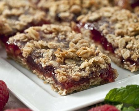 Raspberry Oat Bars | Recipe