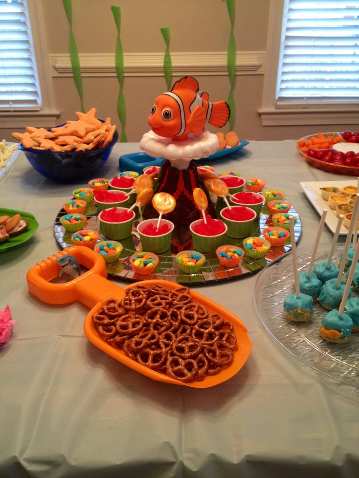 Pin by lisa lipton on nemo pinterest for Fish themed party food